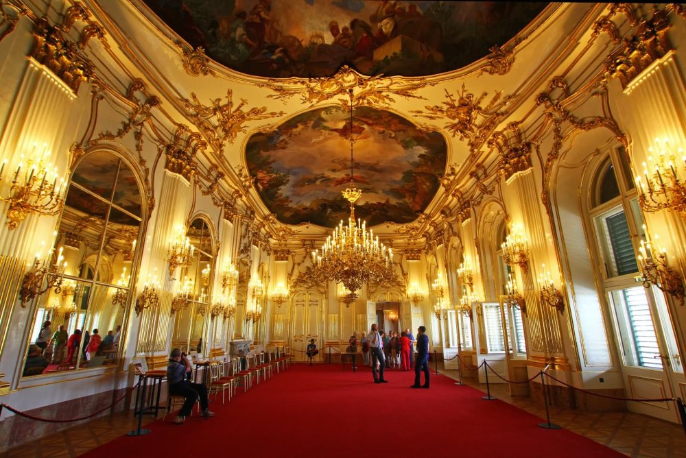 Travelling-Instyle-The-Schonbrunn-Palace-Inside--Vienna
